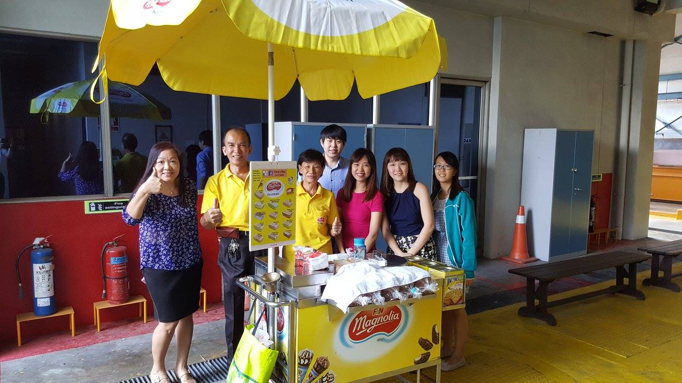 traditional-icecream-carts-singapore2