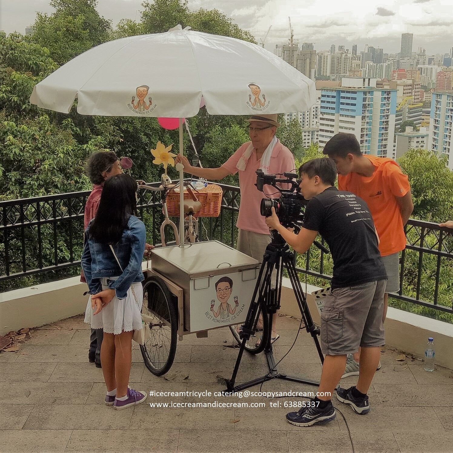 ice cream tricycle singapore filming (2)